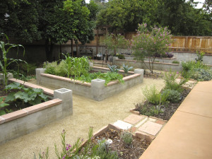 Janis Hatlestad, Better Earth Garden Design, begarden.com
