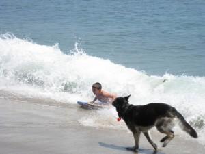 Boy and dog at beach_Rebecca Nelson_CityMalibu